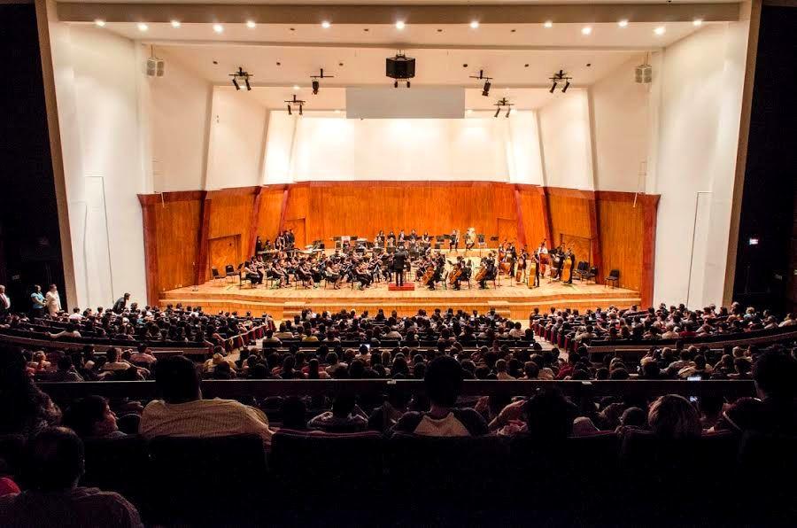 Alumnos del ccoy cierran cursos con magno concierto urbe for Sala ollin yoliztli